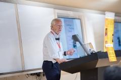 Dr.-Ronald-W.-Richardson-presenting-Creating-a-Healthier-Church
